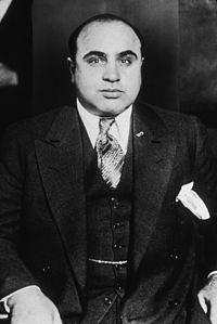 200px-Al_Capone-around_1935.jpg