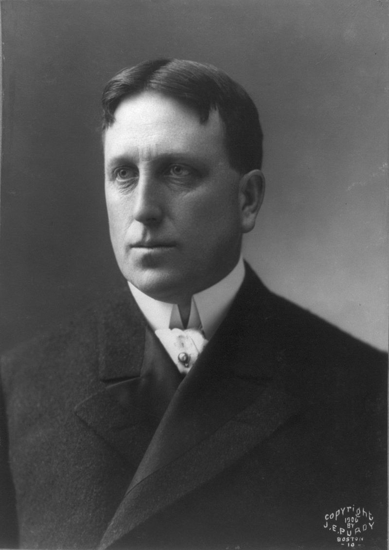 William_Randolph_Hearst.jpg
